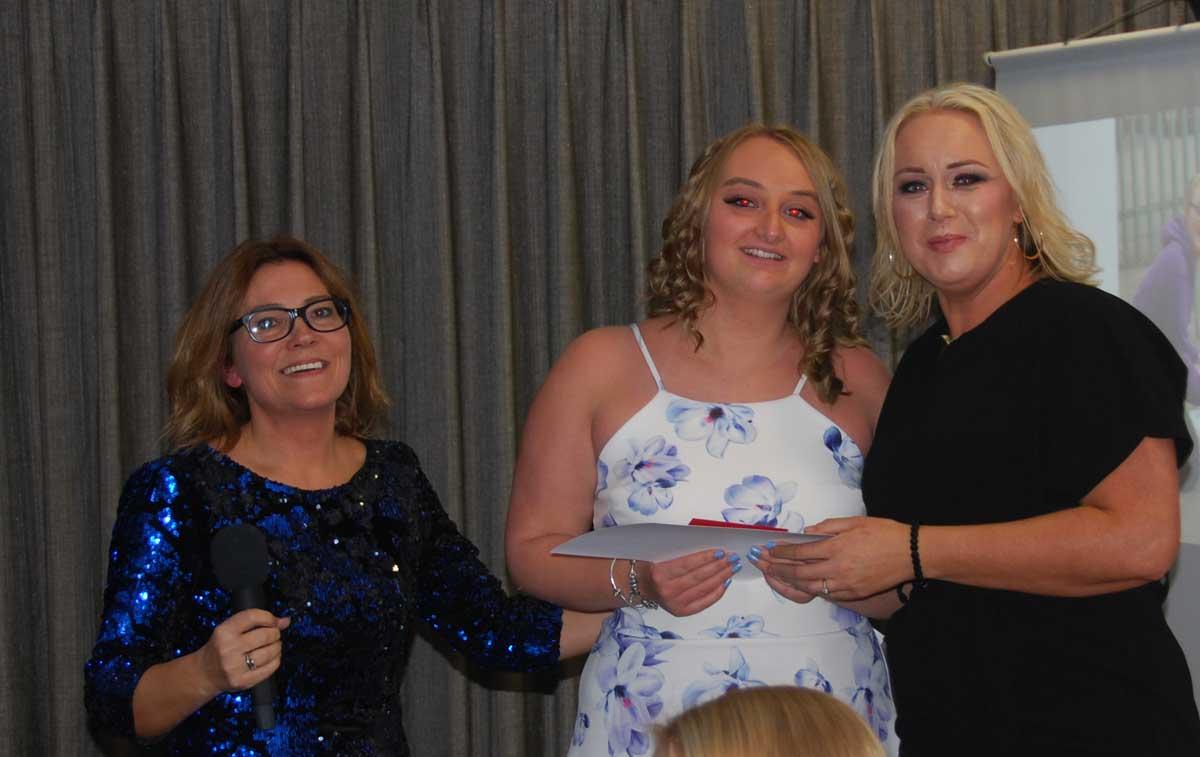 awards-kirsty